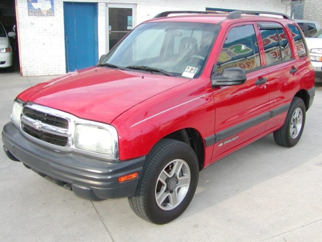 2004 Chevrolet Tracker *** Only 78k miles *** No Accident ***30 Day Free Warranty***