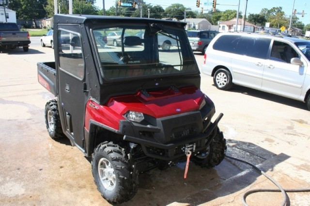 Polaris XFI 4X4 auto with hard shell
