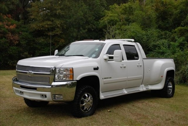 Lifted Western Hauler Dually LTZ Loaded Duramax Diesel NAV