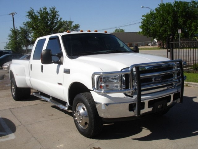 2005 Ford F-350 XLT Crew Dually Diesel 4X4 Low$$