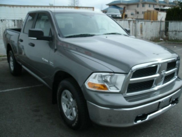 2010 Dodge Ram 1500 LANGLEY SURREY KELOWNA SLT quad cab 4X4 TRUCK FOR SALE