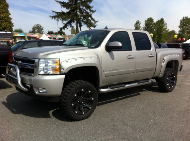 2008 Chevrolet Silverado 1500 FOR SALE SURREY LANGLEY KELOWNA LTZ 4X4 WITH BIG LIFT AND TIRES