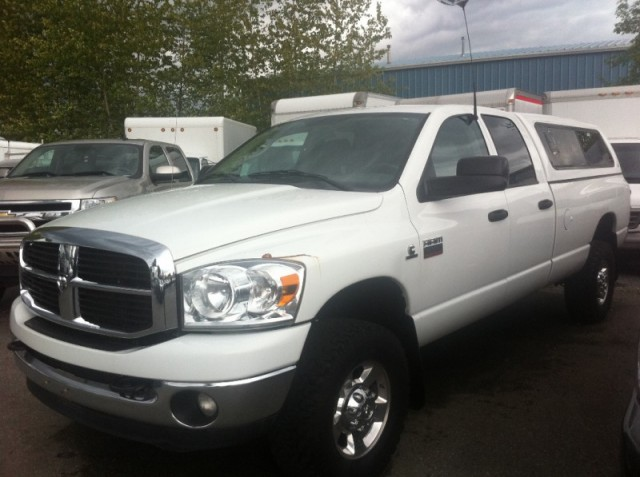 2007 Dodge Ram 3500 SLT DIESEL SURREY LANGLEY KELOWNA 4X4 LONG BOX TRUCK FOR SALE WITH CANOPY
