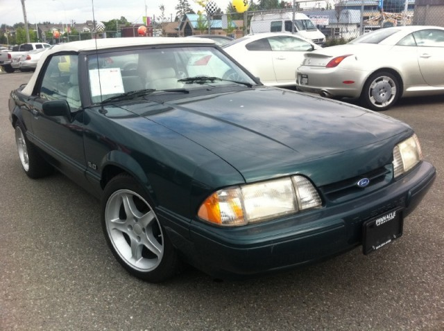 1990 Ford Mustang 5.0 L CONVERTIBLE SURREY LANGLEY VANCOUVER LX Sport 5.0L