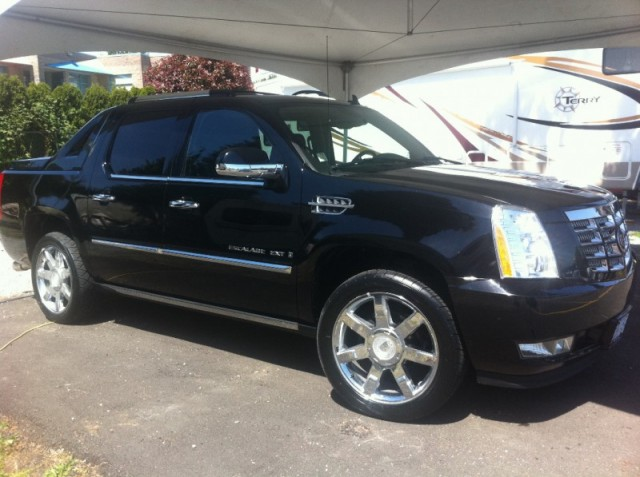 2007 Cadillac Escalade EXT SURREY LANGLEY VANCOUVER KELOWNA AWD BLACK ON BLACK