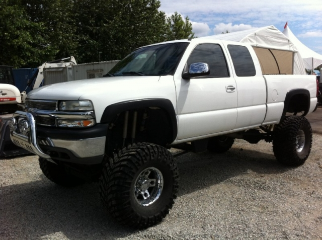 2000 Chevrolet Silverado 2500 HD TRUE MONSTER TRUCK 14 INCH LIFT KIT ...