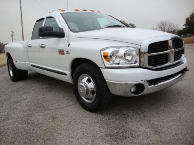 2007 DODGE RAM DUALLY 3500 SLT DIESEL QUADCAB