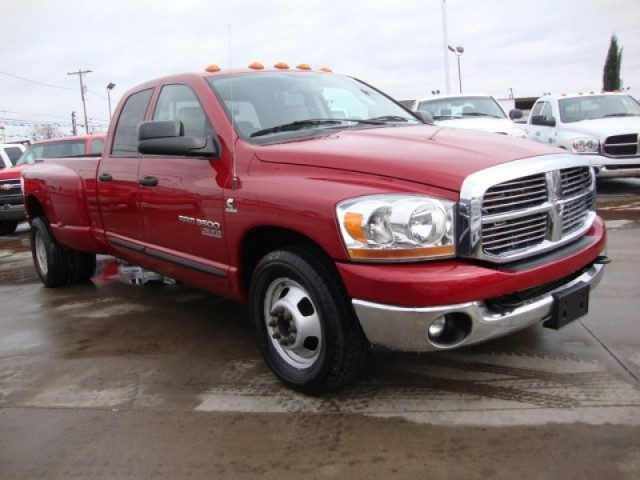 2006 DODGE RAM 3500 SLT LONE STAR EDITION QUADCAB DUALLY