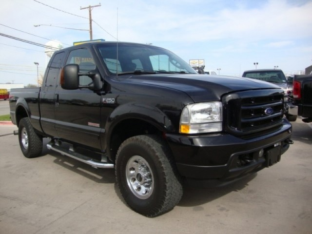 "2003 Ford Super Duty F-250 Supercab 142"" XL 4WD"