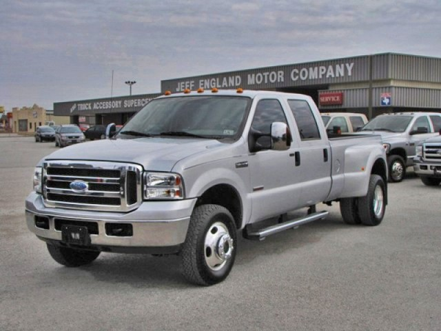 06 Ford F350 4x4 Crew Cab, Immaculate Truck w/ 39k Miles