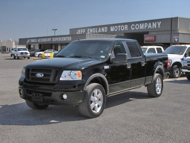 06 Ford F150 4WD Crew - FX4, Leather, Very Nice Truck
