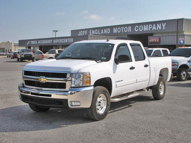 08 Chevy 2500HD 2WD Crew Cab, Leather, 1-Owner w/ 31k