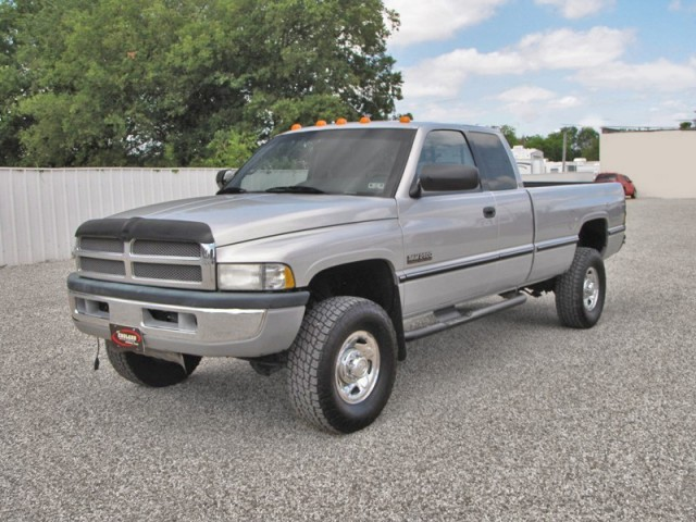 97 Dodge 2500 4x4 Club Cab - 12-Valve Cummins, SUPER RARE TRUCK!!!