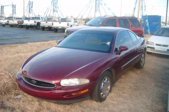 1997 Buick Riviera Supercharged, LEATHER, Power windows, locks,