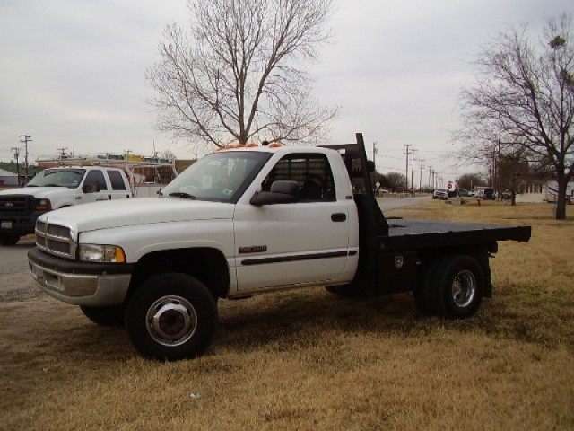 2001 Dodge 3500 Cummins Flat Bed