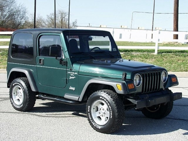 bikini top jeep. It has the hard top, the soft top, and the ikini top!