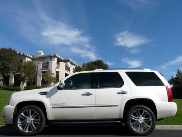 2007 Cadillac Escalade AWD Sport Utility Vehicle