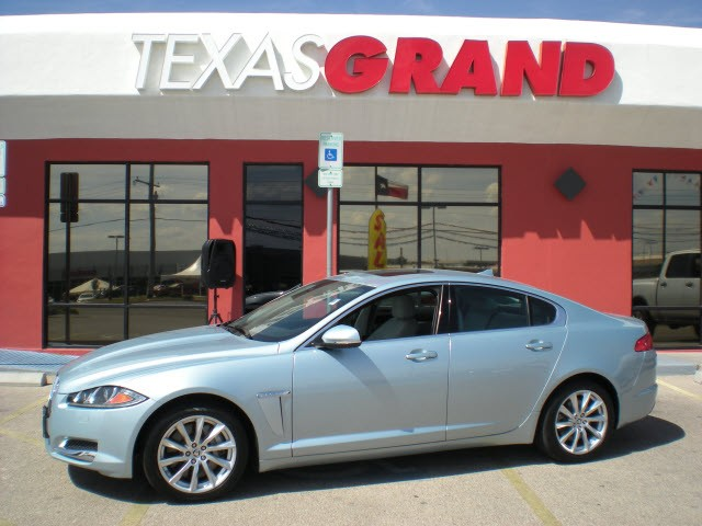 Great 2013 Jaguar XF