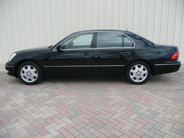 2001 Lexus LS 430 4dr Sdn Ultra package navigation loaded ALL SERVICED LEXUS