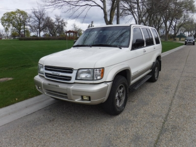 1999 Isuzu Trooper// 4X4 // SUV // V6