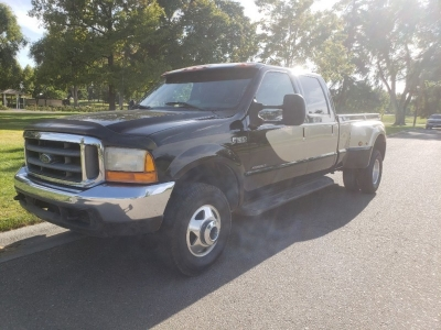 "2000 Ford Super Duty F-350 DRW Crew Cab 156"" XL 4WD"