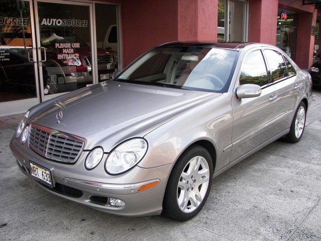 used 2003 mercedes benz e500 for sale 1283 kapiolani. Black Bedroom Furniture Sets. Home Design Ideas